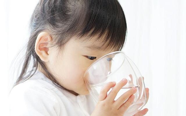 赤ちゃん・乳幼児シリカ水イメージ画像