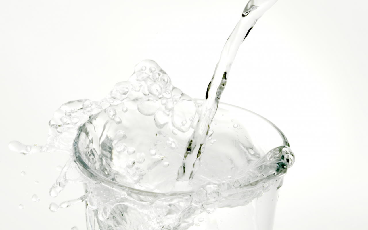 シリカ水と水素水の比較をしてみる<br>【シリカ水メーカーの人間が裏事情バラします】